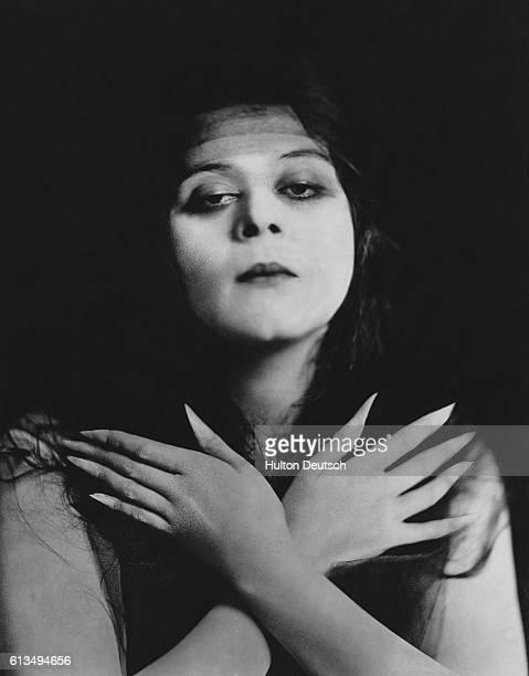 American film actress and sex symbol Theda Bara real name Theodosia Goodman