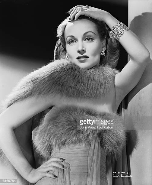American film actress Carole Lombard wearing a furtrimmed outfit for her role as Maria Tura in 'To Be Or Not To Be' directed by Ernst Lubitsch