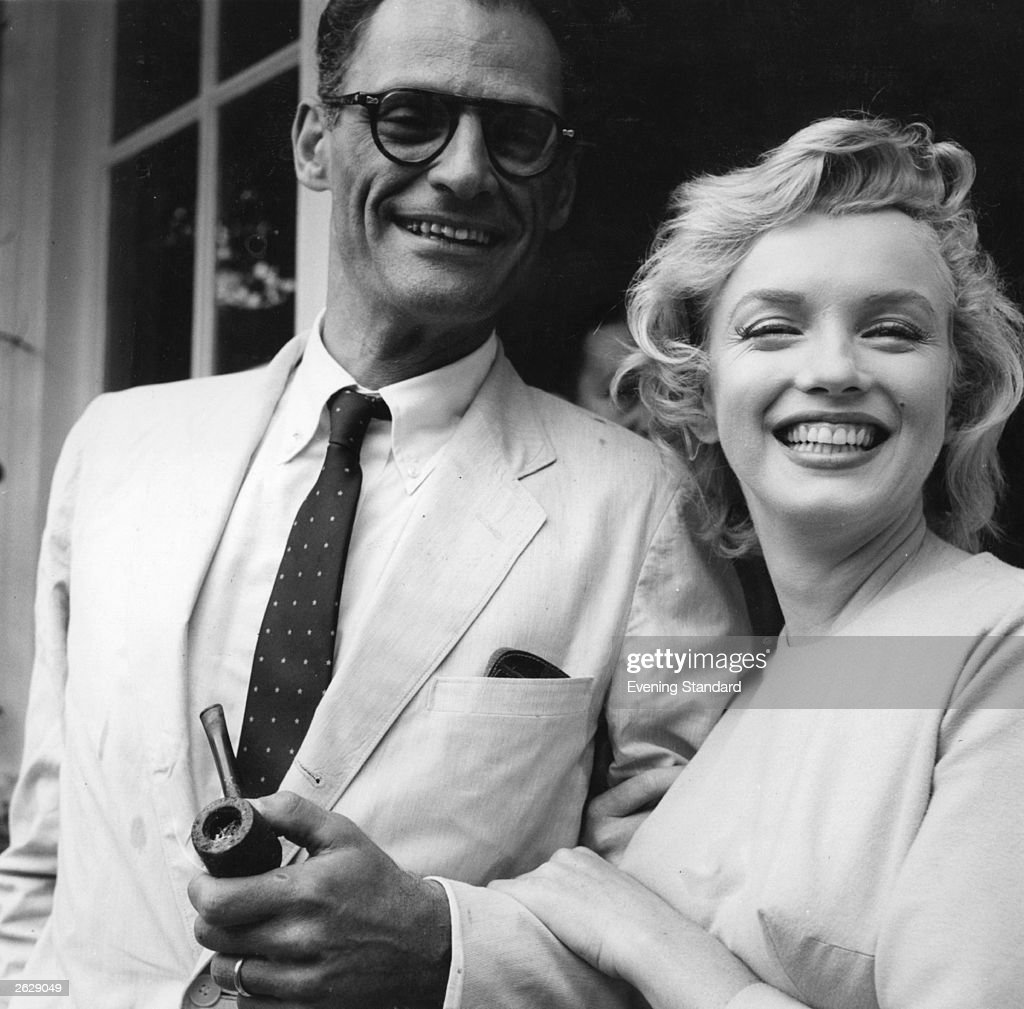 Monroe And Miller : News Photo