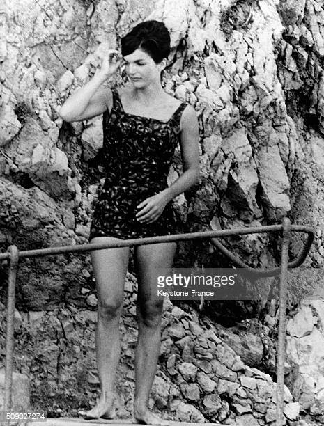 American First Lady Jacqueline Kennedy On Vacation On the Italian Seaside In Ravello With Sister And Daughter Caroline in Ravello Italy on August 11...