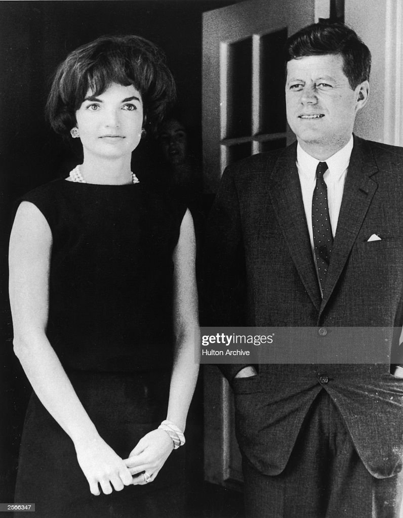 Jacqueline & John F. Kennedy : News Photo