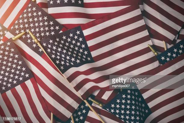 american flag background - fourth of july - independence day stock pictures, royalty-free photos & images