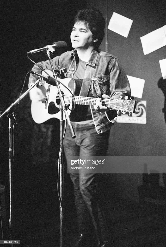 American folk and country singer-songwriter John Prine, performing in London, 16th January 1973.