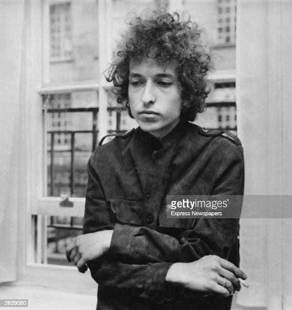 American folk pop singer Bob Dylan at a press conference in London