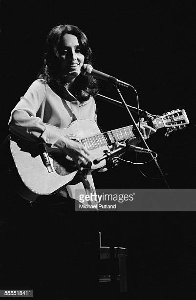 American folk singer-songwriter Joan Baez performs on stage at the Rainbow Theatre, London, 17th December 1971.