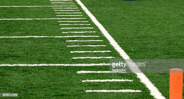 Campo de fútbol americano en juego de fútbol americano