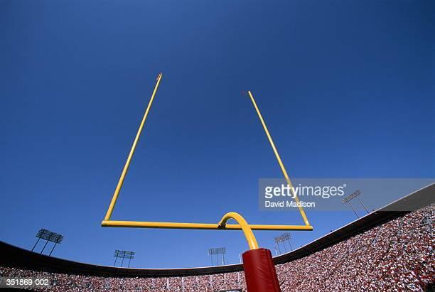 american football goalpost - ゴールポスト ストックフォトと画像