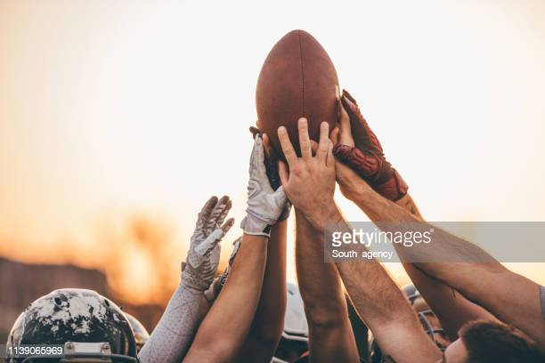 american football match - american football team stock pictures, royalty-free photos & images