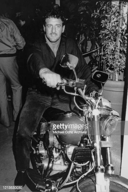 American football player Lyle Alzado at the opening of his nightclub in Los Angeles circa 1985