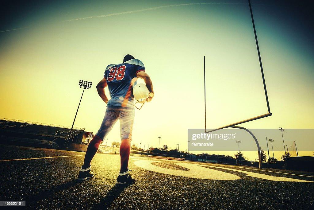 アメリカンフットボール選手 : ストックフォト