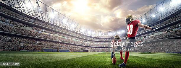 american football players - line of scrimmage stock pictures, royalty-free photos & images