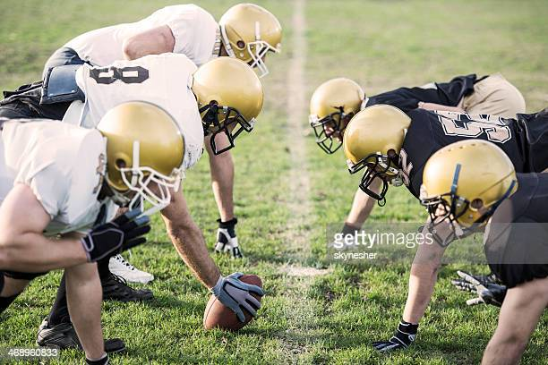 american football players positioning. - american football team stock pictures, royalty-free photos & images