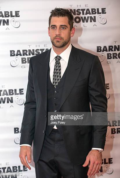 American football quarterback Aaron Rodgers attends Barnstable Brown Kentucky Derby Eve Gala on May 06, 2016 in Louisville, Kentucky.