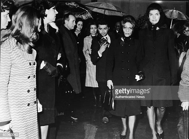 American former First Lady Jacqueline Kennedy Onassis wife of Greek shipping tycoon Aristotle Onassis walks with her sisterinlaw Mrs Garofalidou at...
