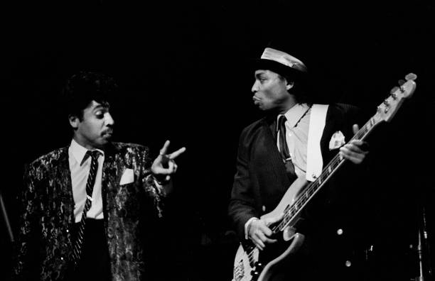 american-funk-and-pop-musicians-morris-day-on-vocals-and-terry-lewis-picture-id1164777663?k=6&m=1164777663&s=612x612&w=0&h=I3GG822se_z885_oIL7I60LQT92Q20m27isO5ABw1Xs=