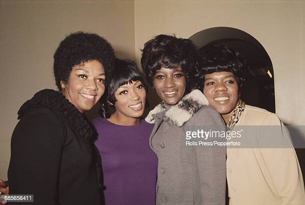 American girl group The Sweet Inspirations who have a hit record with the song 'Sweet Inspiration' pictured together in London in December 1968 The...