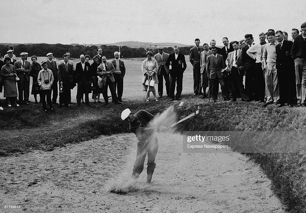 Palmer In A Sand Trap : News Photo
