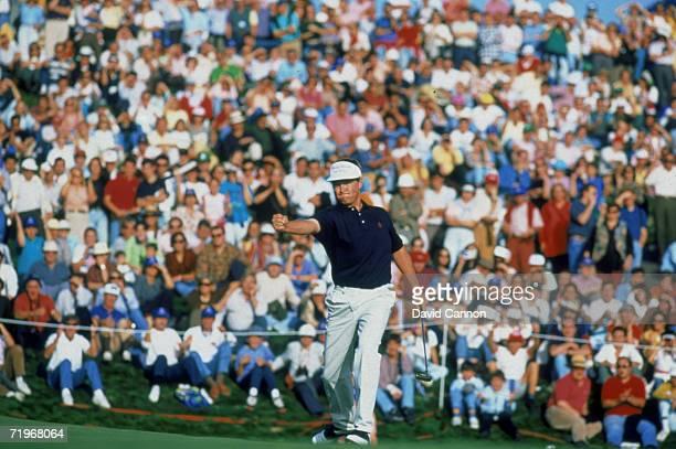 American golfer Davis Love III birdies the 18th hole during the WGC-World Cup golf tournament la Moreleja golf course, Madrid, 1992.