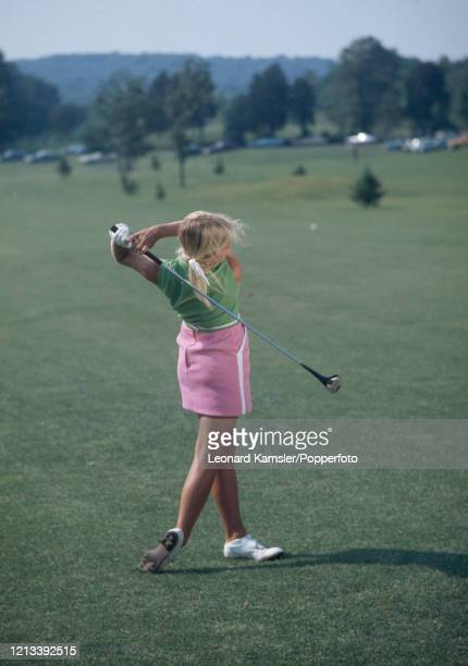 American golfer Laura Baugh circa February 1973 Image number 10 from a sequence of 10 This image is part of an instructional golf swing sequence To...