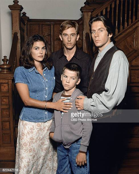 American Gothic the 1995 CBS television series featuring Paige Turco Jake Weber Lucas Black and Gary Cole Image dated July 18 1995