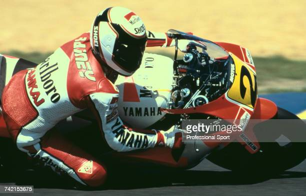 American Grand Prix motorcycle road racer Wayne Rainey rides the 500cc Marlboro Roberts Yamaha YZR500 to finish in 3rd place in the 1990 French...