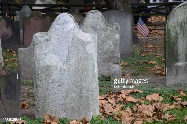 american graveyard - 埋葬地 ストックフォトと画像