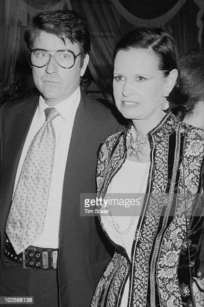 American heriess and designer Gloria Vanderbilt and her fourth husband actor and editor Wyatt Cooper arrive at a party in honor of the CBS television...