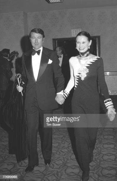 American heriess and designer Gloria Vanderbilt and her fourth husband, actor and editor Wyatt Cooper , arrive at the premiere of the film 'Cabaret'...