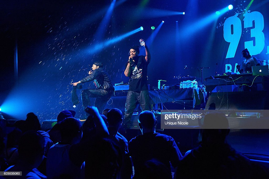 American hip hop duo, Method Man and Redman perform at 93.5 KDAY's Hip Hop Harvestat Microsoft Theater on November 23, 2016 in Los Angeles, California.