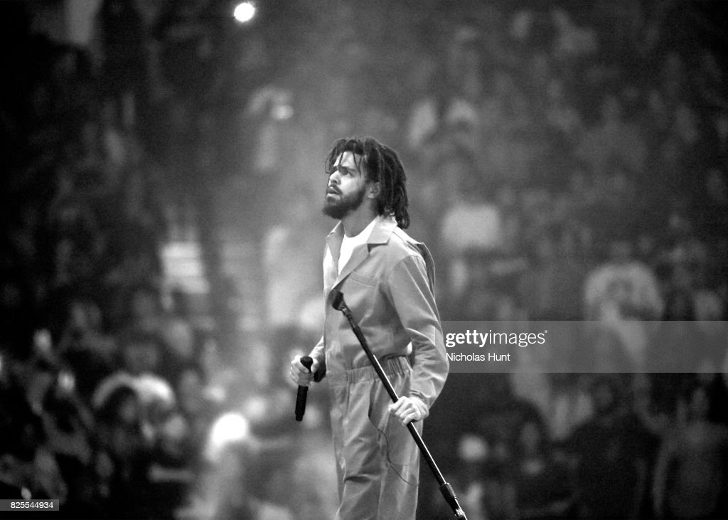 J. Cole In Concert - Brooklyn, New York : News Photo