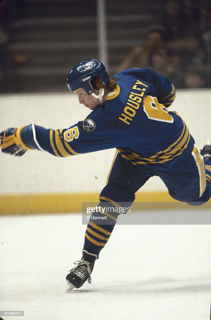 Phil Housley On The Ice : News Photo