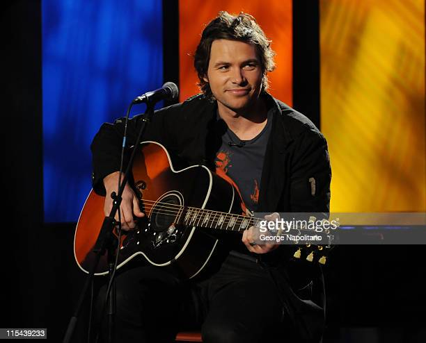 American Idol contestant Michael Johns performs on The Morning Show with Mike Juliet on April 15 2008 in New York City