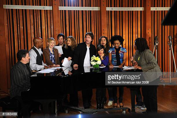 American Idol contestants Brooke White David Cook Kristy Lee Cook Michael Johns Jason Castro Ramiele Malubay and Syesha Mercado rehearses in the...