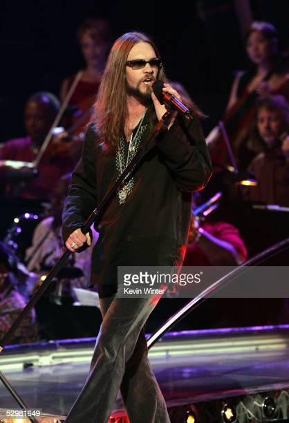 American Idol Finalist Bo Bice performs onstage the American Idol Finale Results Show held at the Kodak Theatre on May 25 2005 in Hollywood California