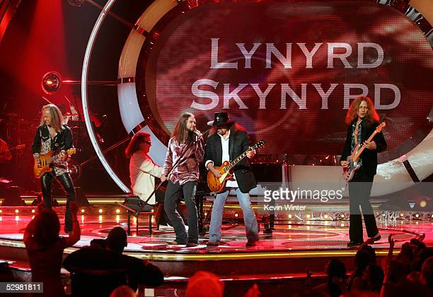 American Idol Finalist Bo Bice performs with the band Lynyrd Skynyrd onstage the American Idol Finale Results Show held at the Kodak Theatre on May...