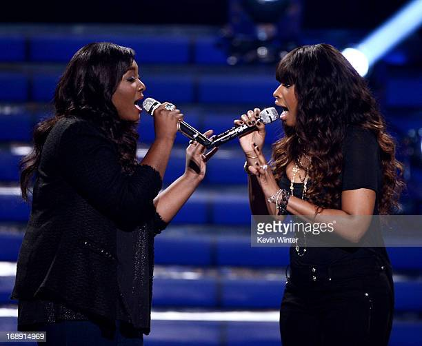 American Idol finalist Candice Glover and singer Jennifer Hudson perform onstage during Fox's 'American Idol 2013' Finale Results Show at Nokia...