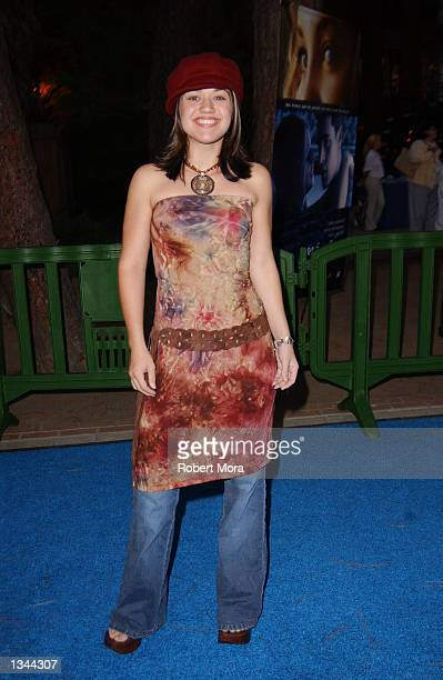 American Idol finalist Kelly Clarkson attends the premiere of Swimfan at UCLA's Sunset Canyon Recreation Center on August 19 2002 in Westwood...