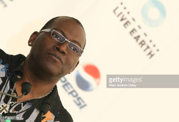 American Idol judge Randy Jackson poses in the press room at the Live Earth New York Concert held at Giants Stadium on July 7, 2007 in East...