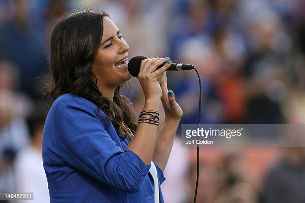 American Idol Season 11 contestant Jen Hirsh 25 from Agoura Hills CA performs the National Anthem before the game between the Chicago White Sox and...