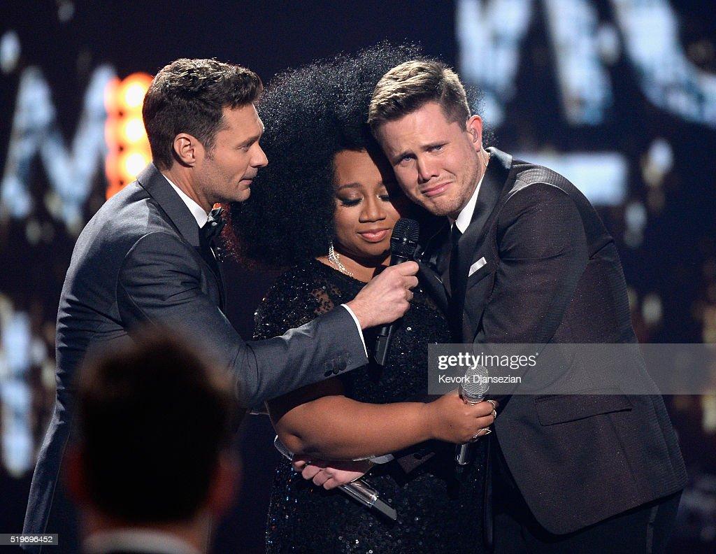 "FOX's ""American Idol"" Finale For The Farewell Season - Show : Fotografía de noticias"