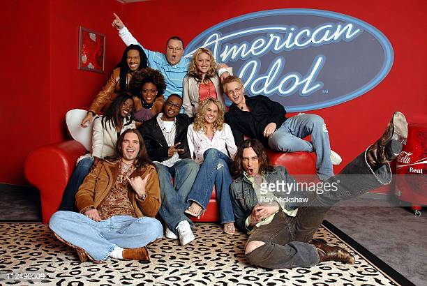 'American Idol' Season 4 Top 10 Finalists Front Row Bo Bice from Helena Alabama Constantine Maroulis from New York City New York Center Vonzell...