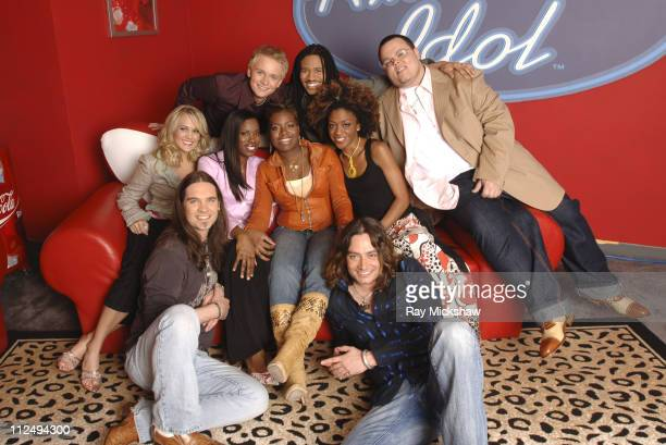 'American Idol' Season 4 Top 8 Finalists Front Row Carrie Underwood from Checotah Oklahoma Vonzell Solomon from Fort Myers Florida Bo Bice from...