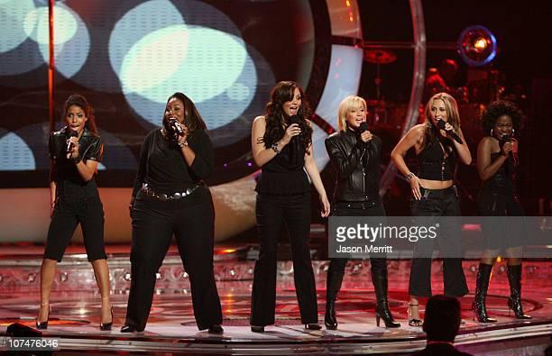 American Idol Season 5 Top 2 Finalist Katharine McPhee from Sherman Oaks California performs with Season 5 Top 10 Finalist Lisa Tucker from Anaheim...