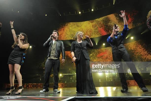 American Idol Season 9 finalist Katie Stevens, winner Lee DeWyze, runner-up Crystal Bowersox and finalist Aaron Kelly perform during the 2010...