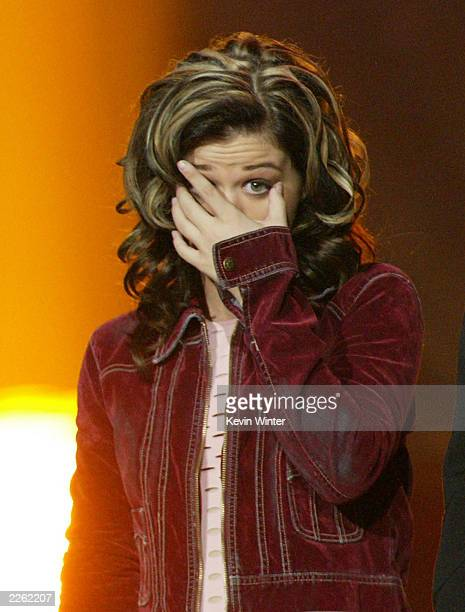 American Idol winner Kelly Clarkson after winning the contest at the Kodak Theatre in Hollywood Ca Sept 4 2002