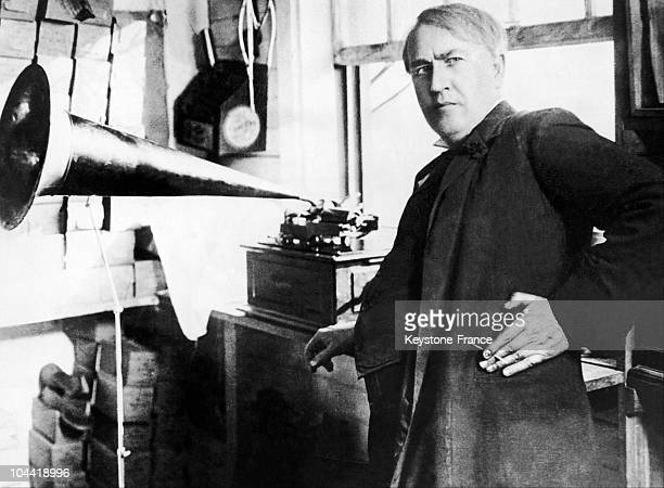 American inventor and businessman Thomas Edison with an Edison Standard Phonograph, at his lab in West Orange, New Jersey, 1906. The Edison Standard...