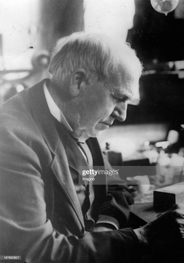 American inventor Thomas Alva Edison. Photograph. 03/08/1931. (Photo by Imagno/Getty Images) Der amerikanische Erfinder Thomas Alva Edison. Photographie. 3.8.1931. : News Photo