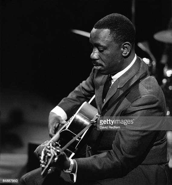 CENTRE Photo of Wes MONTGOMERY