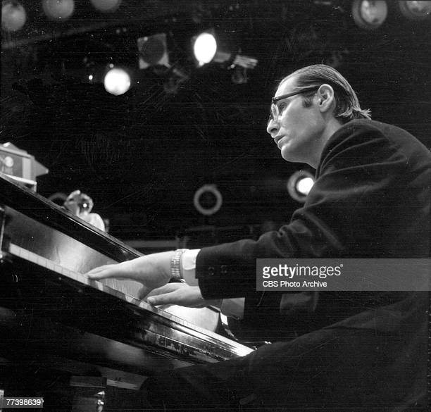 American jazz musician Bill Evans performs on an episode of the television program 'Dial M for Music,' May 27, 1968.