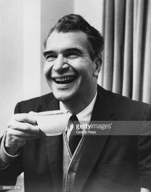 American jazz pianist and composer Dave Brubeck in his London hotel, 16th November 1962. He is in the country for his fifth UK tour.